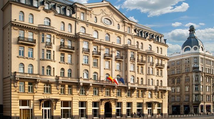 Warschau, Hotel Polonia Palace, Façade hotel