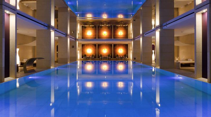 Warschau, Hotel Sofitel Warsaw Victoria, Zwembad