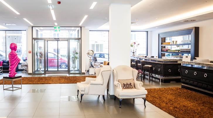 Wenen, Arthotel ANA Boutique Six, Lobby