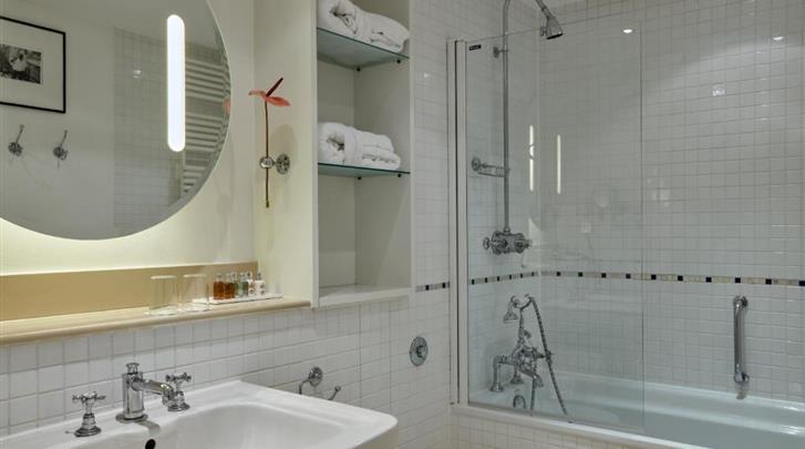 Wenen, Hotel Das Triest, Badkamer