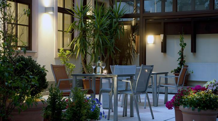 Wenen, Hotel Lucia, Terras
