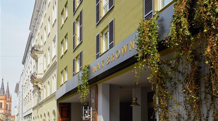 Wenen, Hotel Max Brown 7th District, Façade hotel