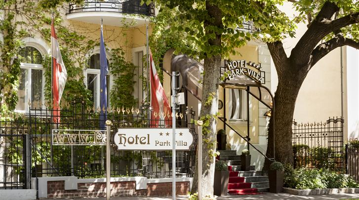 Wenen, Hotel Park Villa, Façade hotel