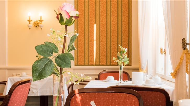 Wenen, Hotel Park Villa, Ontbijtruimte