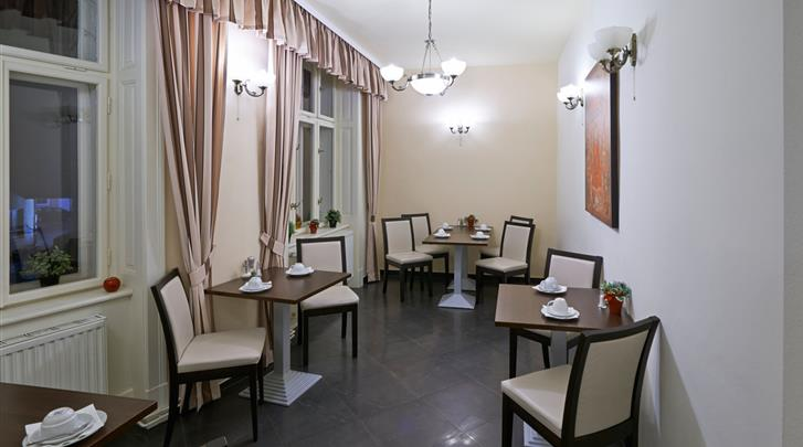 Wenen, Hotel Pension City Rooms, Ontbijtruimte