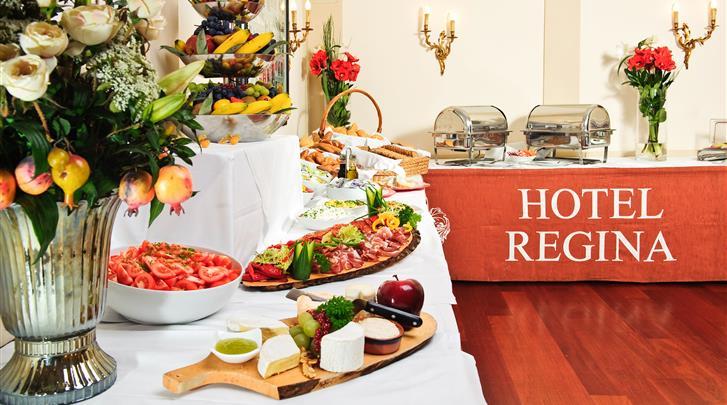 Wenen, Hotel Regina, Ontbijtbuffet