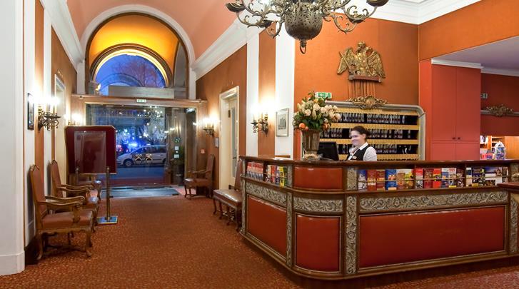 Wenen, Hotel Regina, Receptie