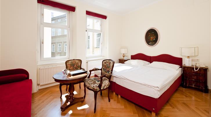 Wenen, Hotel Regina, Standaard kamer