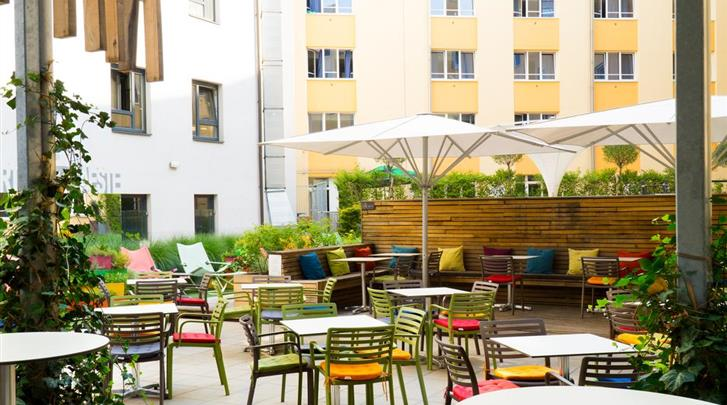 Wenen, Hotel Zeitgeist, Hoteltuin